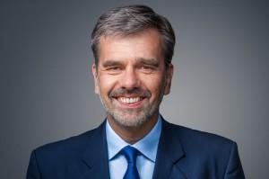 Dr.-Stephan-Mallik-300x199