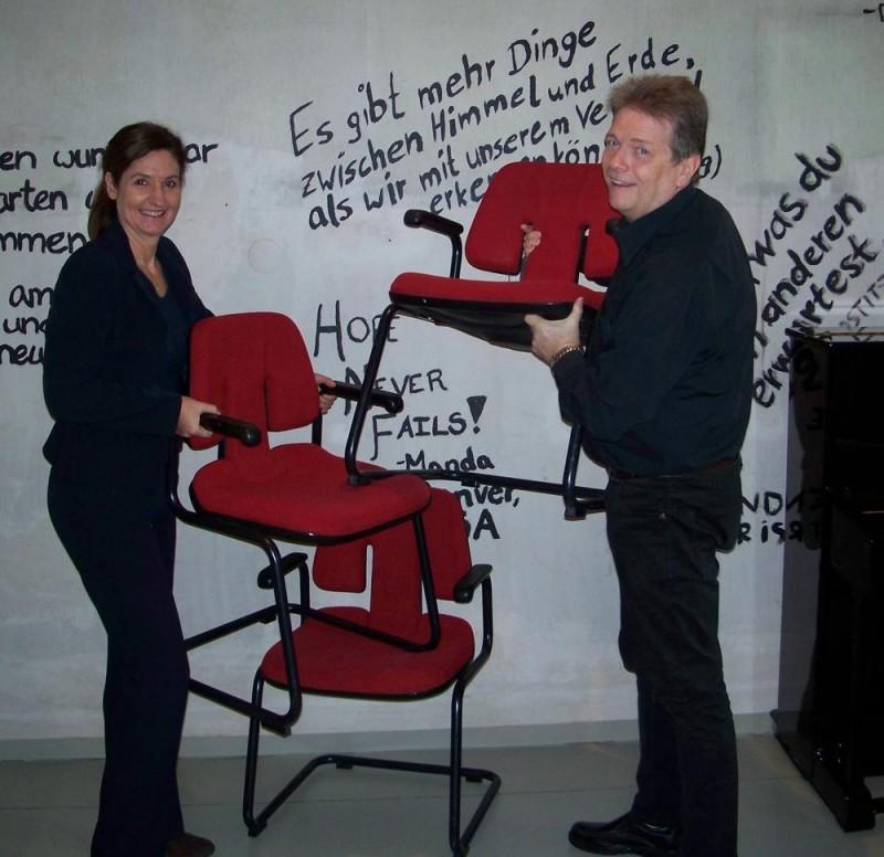 Stühle-LWB-Mau-k